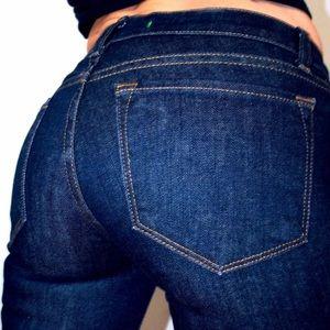 🇺🇸J Brand Curvy Fit Straight Leg Jeans Size 28